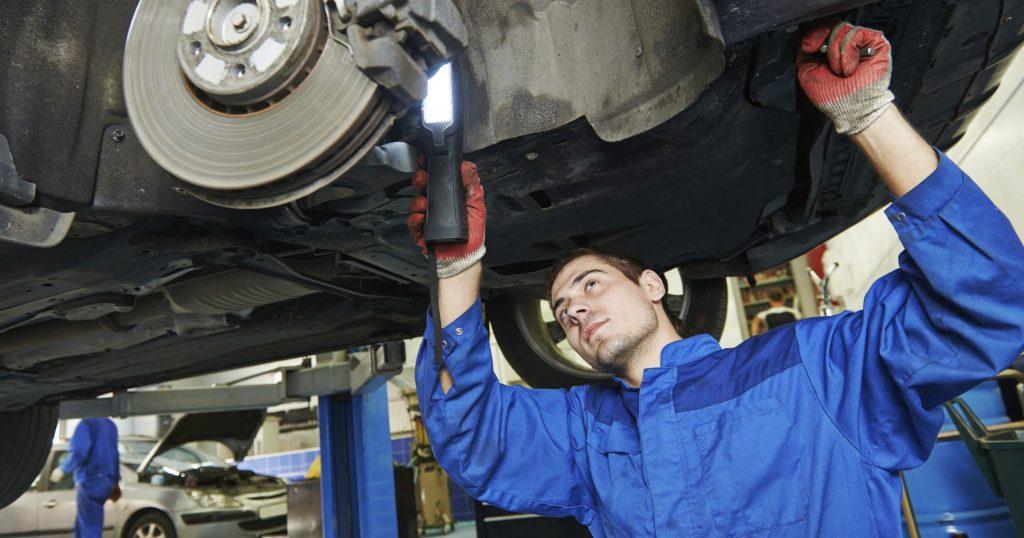 Serviços de reparação automóvel